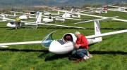 Hejno větroňů zaplnilo šumperské letiště, plachtařům začala soutěž - Šumperský a jesenický deník
