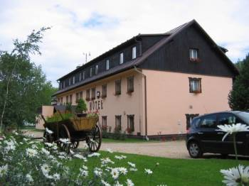 Restaurace a vinárna - Park Hotel