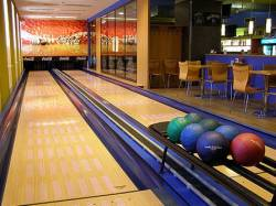 Bowling ve Společenském domě Bruntál