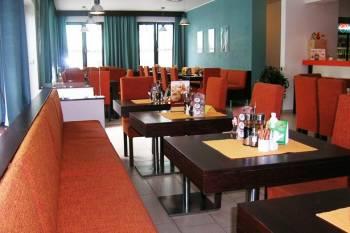 Tosca Pizzeria Restaurant