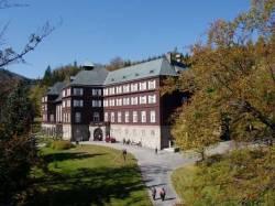 Lázeňská budova Libuše