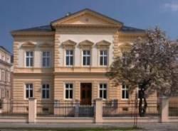 Larischova vila